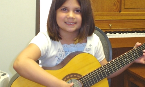 kids-guitar-lesson-5